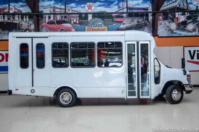 2016 Ford E-Series Cutaway Shuttle Bus