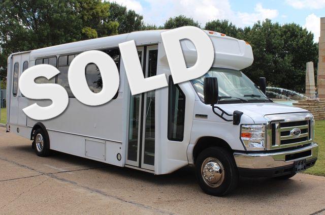 2016 Ford E450 19 Passenger Champion Shuttle Bus W/ Wheelchair Lift