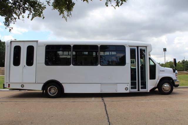 2016 Ford E450 Champion Shuttle Bus, 19 Seats, Wheelchair Lift Irving, Texas 11