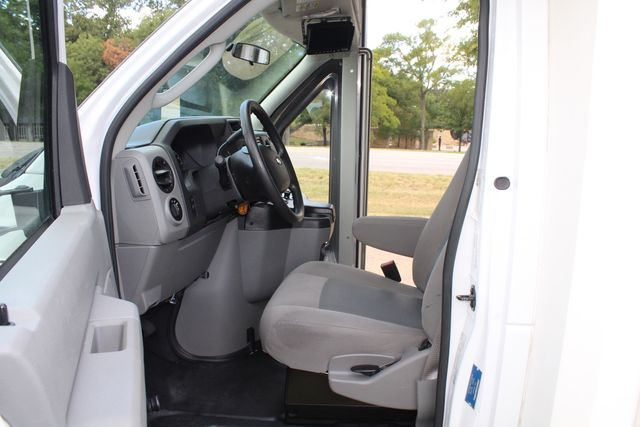 2016 Ford E450 Champion Shuttle Bus, 19 Seats, Wheelchair Lift Irving, Texas 46