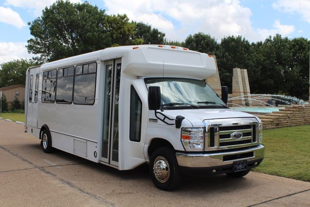 2016 Ford E450 Champion Shuttle Bus, 19 Seats, Wheelchair Lift Irving, Texas 68