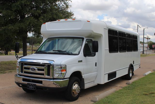 2016 Ford E450 Champion Shuttle Bus, 19 Seats, Wheelchair Lift Irving, Texas 69