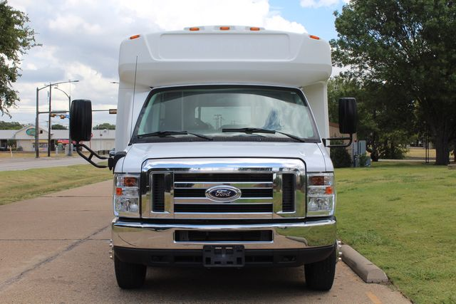 2016 Ford E450 Champion Shuttle Bus, 19 Seats, Wheelchair Lift Irving, Texas 60