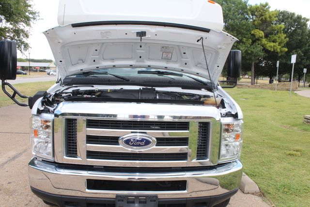 2016 Ford E450 Champion Shuttle Bus, 19 Seats, Wheelchair Lift Irving, Texas 61