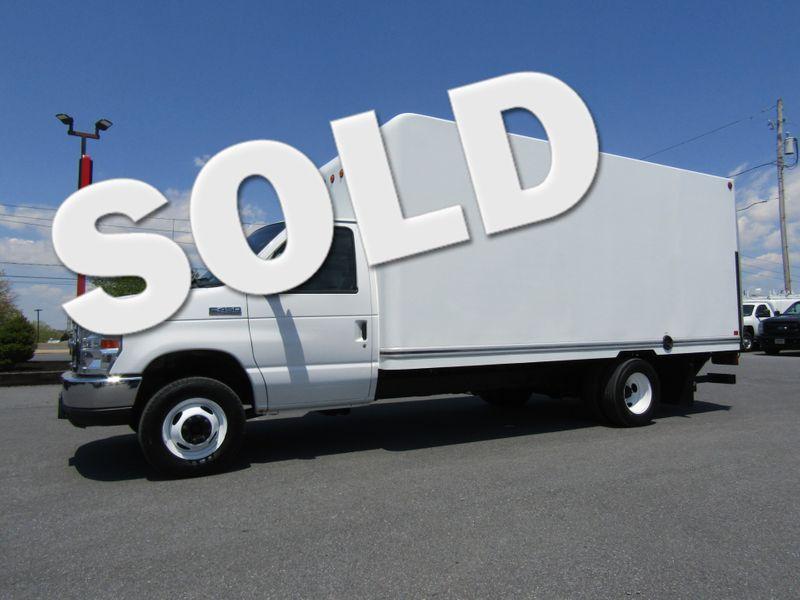 2016 Ford E450 16' Box Truck with 4400 LB Lift Gate in Ephrata PA