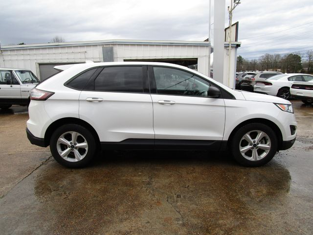 2016 Ford Edge SE Houston, Mississippi 3