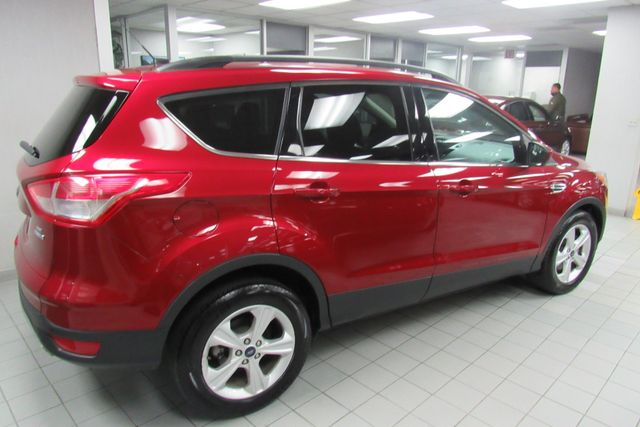 2016 Ford Escape SE W/ BACK UP CAM Chicago, Illinois 3