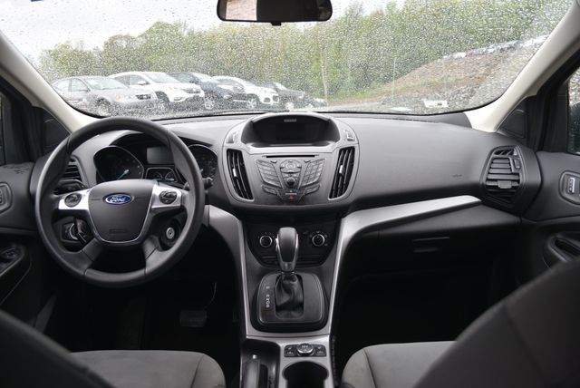 2016 Ford Escape SE Naugatuck, Connecticut 4