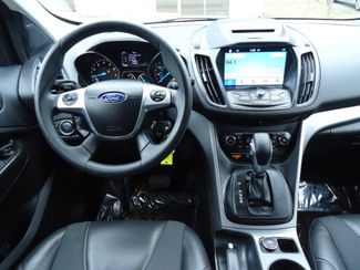 2016 Ford Escape SE PANORAMIC. LTHR. WHEELS. PWR TAILGATE SEFFNER, Florida 25
