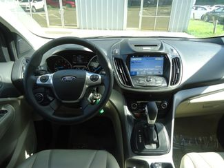 2016 Ford Escape SE 2.0T. LEATHER. PANORAMIC. WHEELS SEFFNER, Florida 25