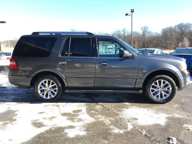 2016 Ford Expedition Limited 4x4 in Gower Missouri, 64454
