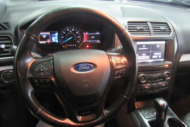 2016 Ford Explorer XLT W/ NAVIGATION SYSTEM/ BACK UP CAM Chicago, Illinois 19