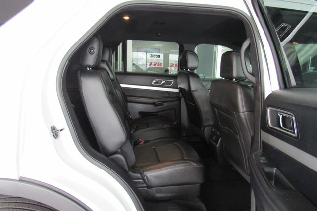 2016 Ford Explorer XLT W/ BACK UP CAM Chicago, Illinois 8