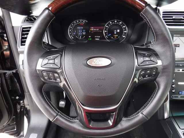 2016 Ford Explorer Platinum in Gower Missouri, 64454