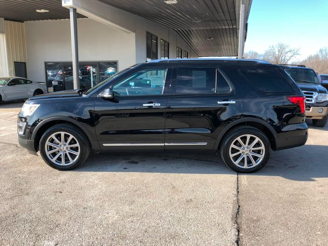 2016 Ford Explorer Limited 4X4 in Gower Missouri, 64454