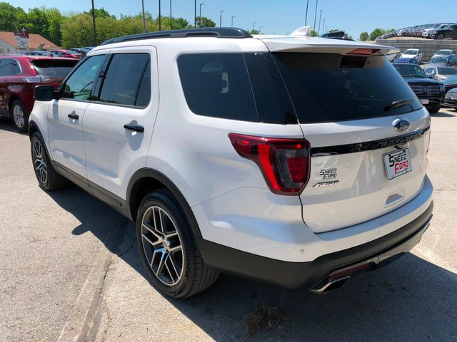 2016 Ford Explorer Sport 4X4 in Gower Missouri, 64454
