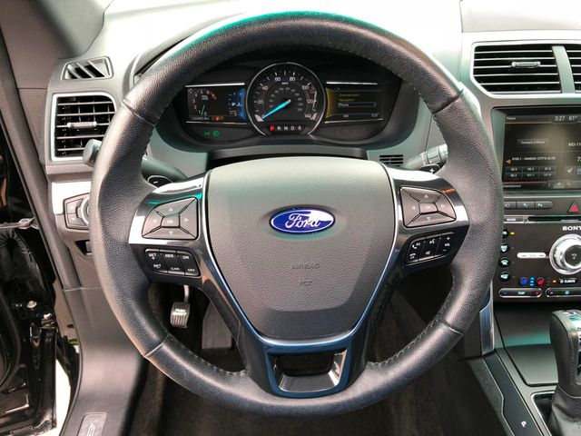 2016 Ford Explorer Limited in Gower Missouri, 64454