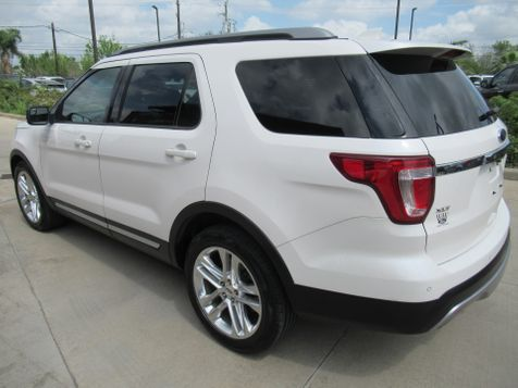 2016 Ford Explorer XLT | Houston, TX | American Auto Centers in Houston, TX