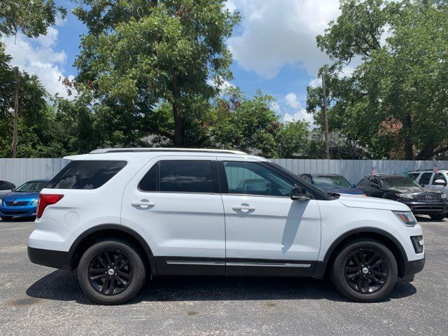 2016 Ford Explorer XLT in Houston, TX 77020