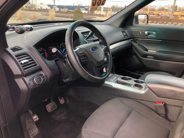 2016 Ford Explorer AWD Police Osseo, Minnesota 8