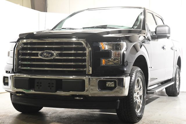 2016 Ford F-150 XLT w/ Heated Seats/ Sunroof / Sync