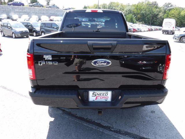 2016 Ford F-150 XLT 4X4 in Gower Missouri, 64454