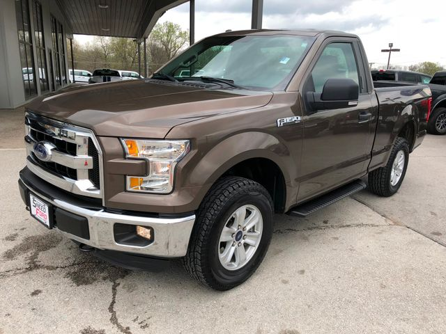 2016 Ford F-150 XLT 4X4 3.5L V6 in Gower Missouri, 64454