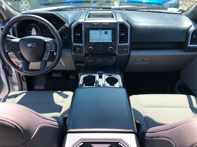 2016 Ford F-150 XLT 4X4 2.7L V6 Ecoboost in Gower Missouri, 64454