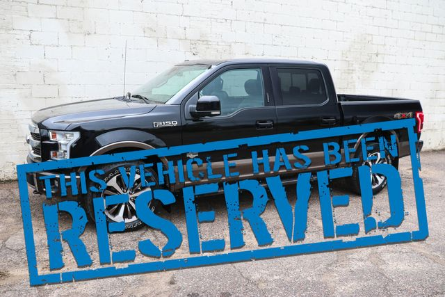 """2016 Ford F-150 King Ranch SuperCrew 4x4 w/Navigation, Pro-Trailer Assist, Panoramic Roof & 20"""" Wheels"""