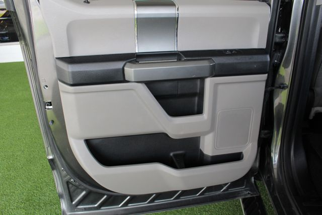 2016 Ford F-150 XLT SuperCrew 4x4 - 301A & CHROME PKGS! Mooresville , NC 40