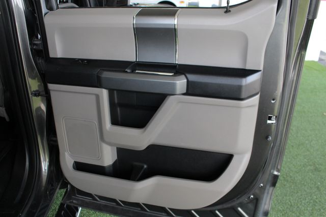 2016 Ford F-150 XLT SuperCrew 4x4 - 301A & CHROME PKGS! Mooresville , NC 41
