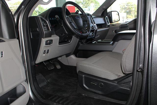 2016 Ford F-150 XLT SuperCrew 4x4 - 301A & CHROME PKGS! Mooresville , NC 28