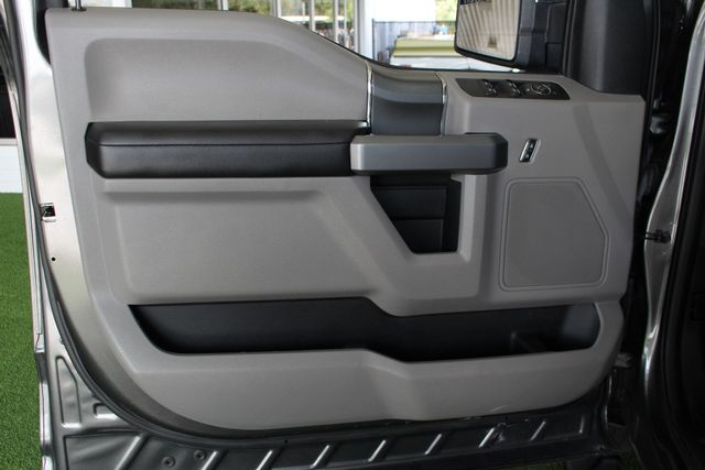 2016 Ford F-150 XLT SuperCrew 4x4 - 301A & CHROME PKGS! Mooresville , NC 38