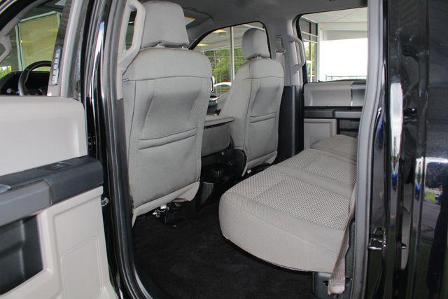 2016 Ford F-150 XLT Crew Cab 4x4 FX4 - 301A & CHROME PKGS! Mooresville , NC 38