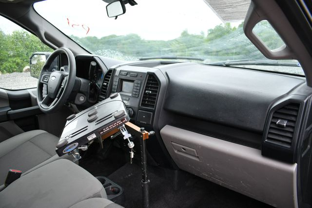 2016 Ford F-150 XL 4WD Naugatuck, Connecticut 10