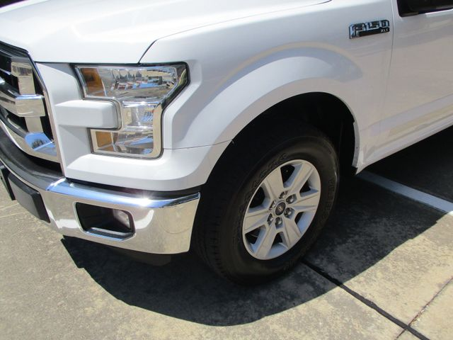 2016 Ford F-150 XLT Topper Working Shell in Plano, Texas 75074