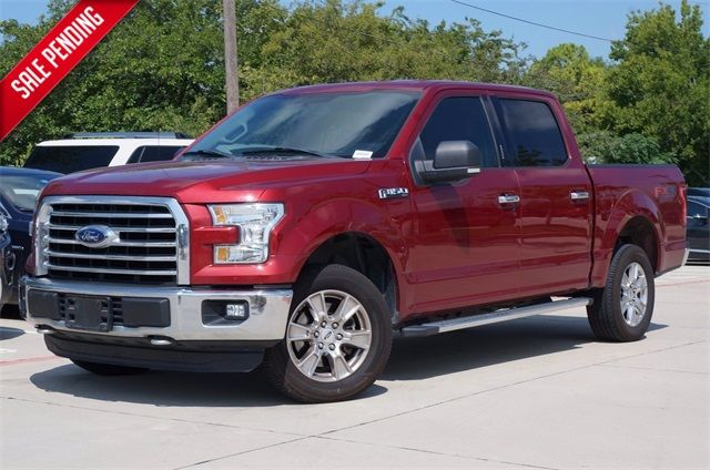 2016 Ford F-150 XLT * 4x4 * 1-Owner * FX4 * Heated Seats * CHROMES in Pinellas Park, FL 33781