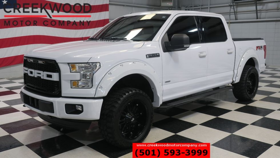 2016 F150 Lifted >> 2016 Ford F 150 Xlt Fx4 4x4 White Lifted Black 20s Low Miles