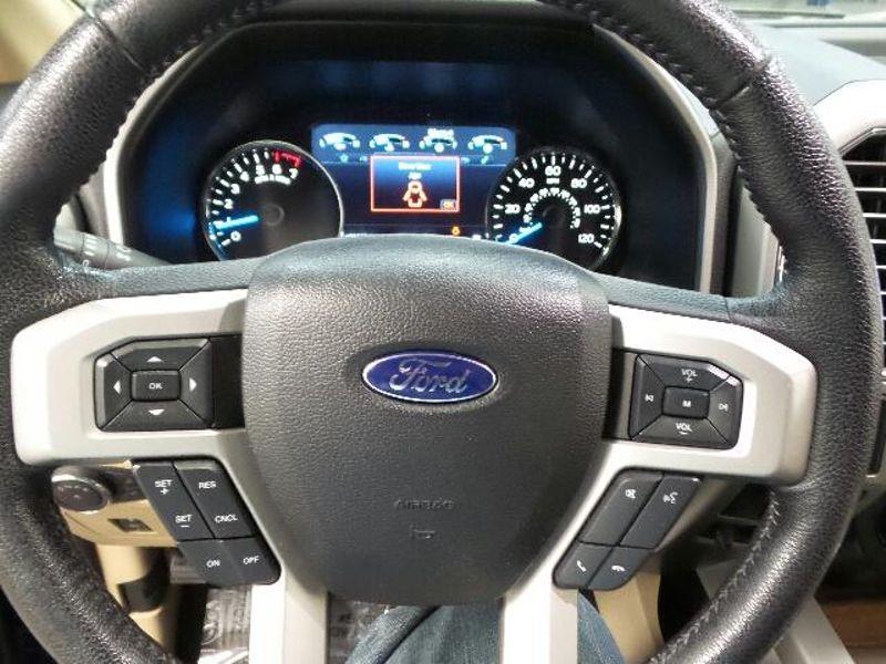 2016 Ford F-150 Lariat  in Victoria, MN