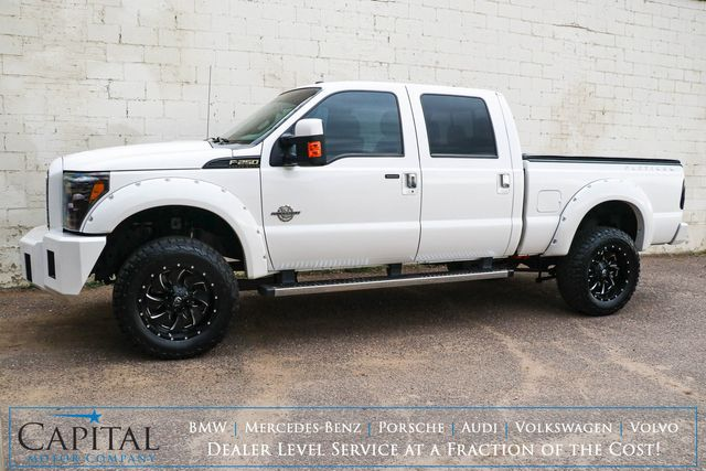 2016 Ford F-250 Super Duty Crew Cab 4x4 w/Nav, Backup Cam, Heated & Ventilated Seats and Power Moonroof