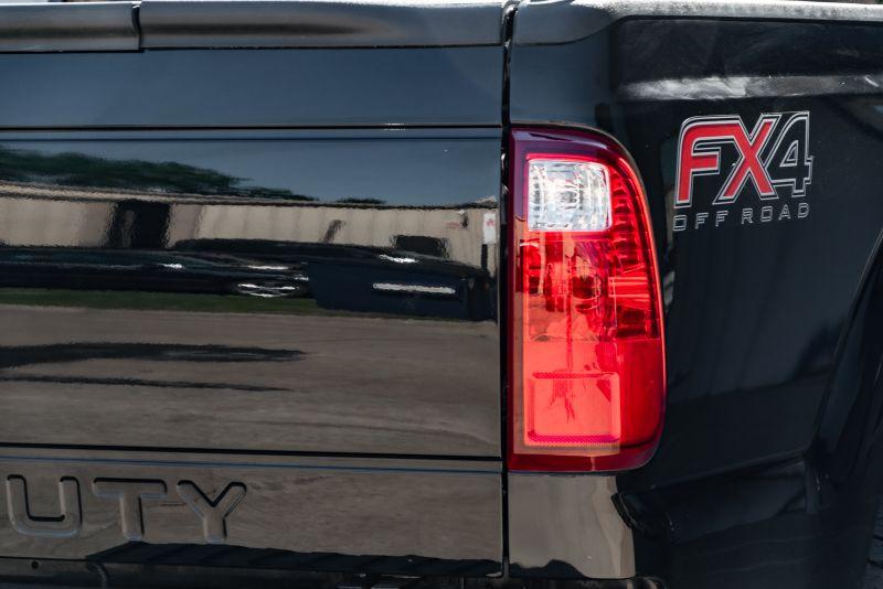 2016 Ford F-250 SUPER DUTY  LARIAT in Rowlett, Texas