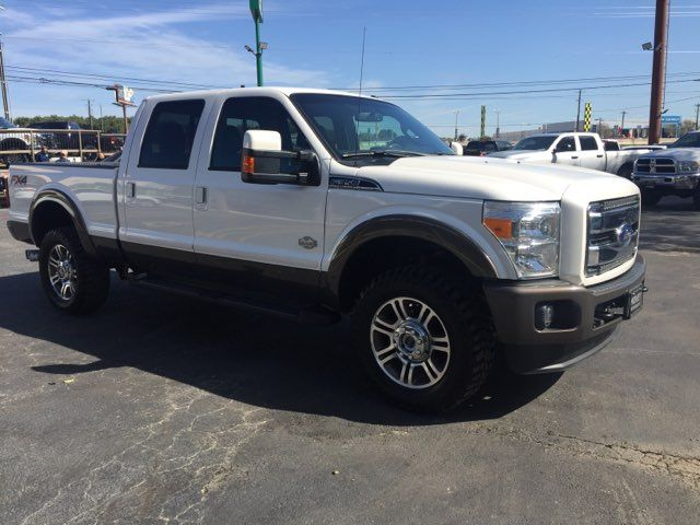2016 Ford Super Duty F-350 SRW Pickup King Ranch FX4 in Boerne, Texas 78006