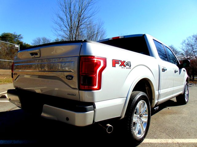 2016 Ford F-150 SUPERCREW Platinum in Sterling, VA 20166