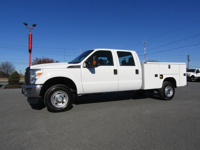 2016 Ford F350 Crew Cab 4x4 with New 8' Knapheide Utility Bed