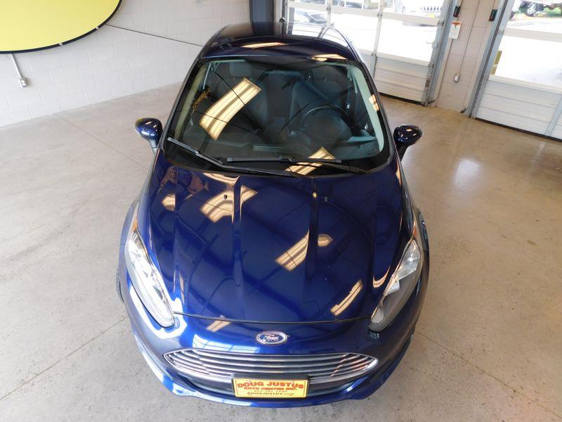 2016 Ford Fiesta SE  city TN  Doug Justus Auto Center Inc  in Airport Motor Mile ( Metro Knoxville ), TN