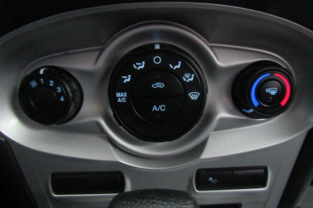 2016 Ford Fiesta SE Chicago, Illinois 17