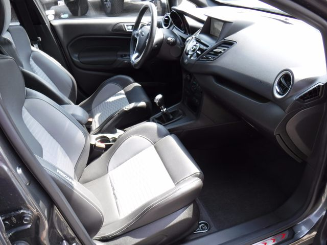 2016 Ford Fiesta ST in Gower Missouri, 64454