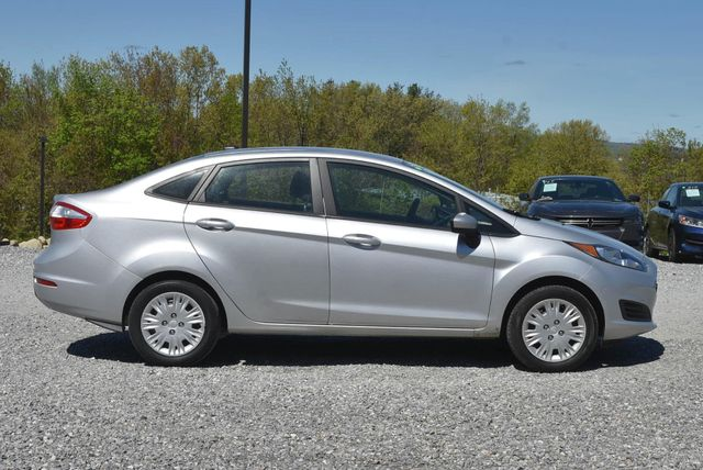 2016 Ford Fiesta S Naugatuck, Connecticut 5