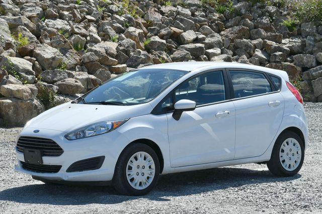 2016 Ford Fiesta S Naugatuck, Connecticut