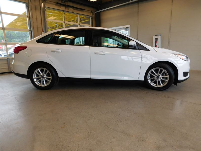 2016 Ford Focus SE  city TN  Doug Justus Auto Center Inc  in Airport Motor Mile ( Metro Knoxville ), TN